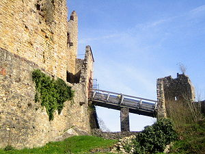 Access to the Upper Castle of the ruined Castl...
