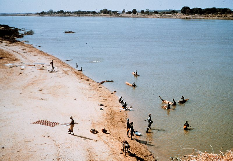 File:Fort Lamy, Chad, beach.jpg