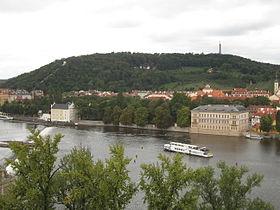 Petrin Praha.jpg