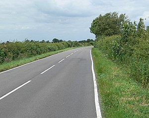 English: Country road near Six Hills in Leices...