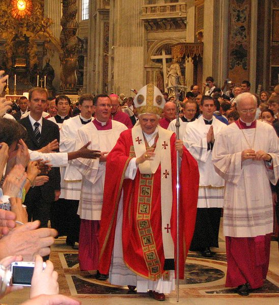 File:Pope Benedictus XVI blessing after messe.jpg