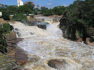 Rio Tietê na cidade de Salto