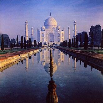 El Taj Mahal fue construido por rey Shah Jahan como muestra de amor hacia su esposa, Mumtaz Mahal