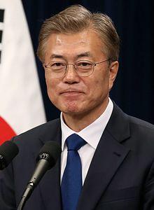 Moon Jae-in 2017.jpg