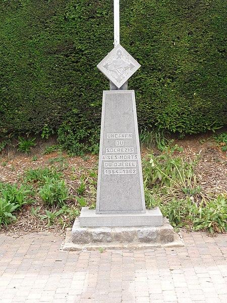 Fichier: Solre-le-Château (Nord, Fr) Mémorial guerre d'Algérie.jpg