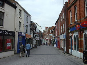 English: Street scene in Wellington, Shropshir...