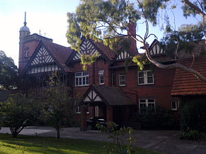 external image 300px-Edzett_Mansion_Toorak.jpeg