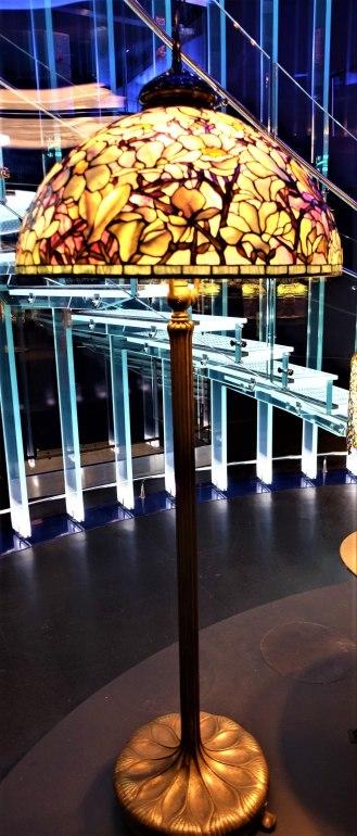 Magnolia Shade – Tiffany Lamp