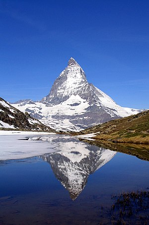 Matterhorn (4,478 m, Walliser Alps, East side)...