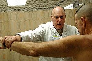 SAN DIEGO (Jan. 26, 2009) Orthopedic surgeon C...
