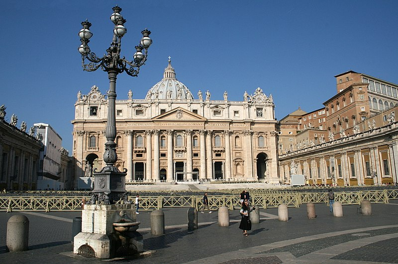 File:0 Basilique Saint-Pierre - Rome (1).JPG