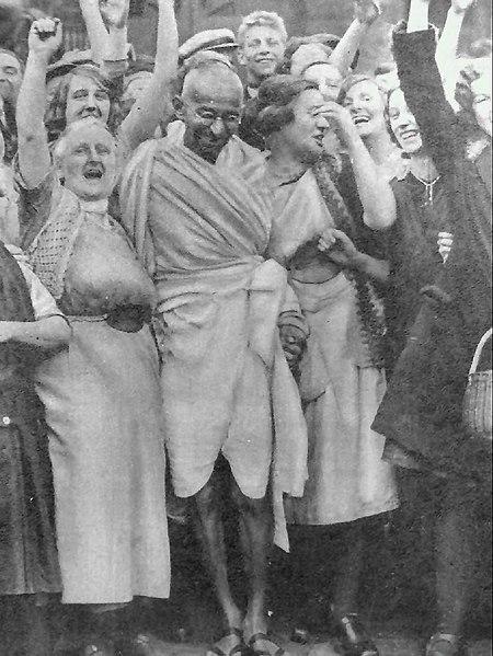 Gandhi at Darwen with women