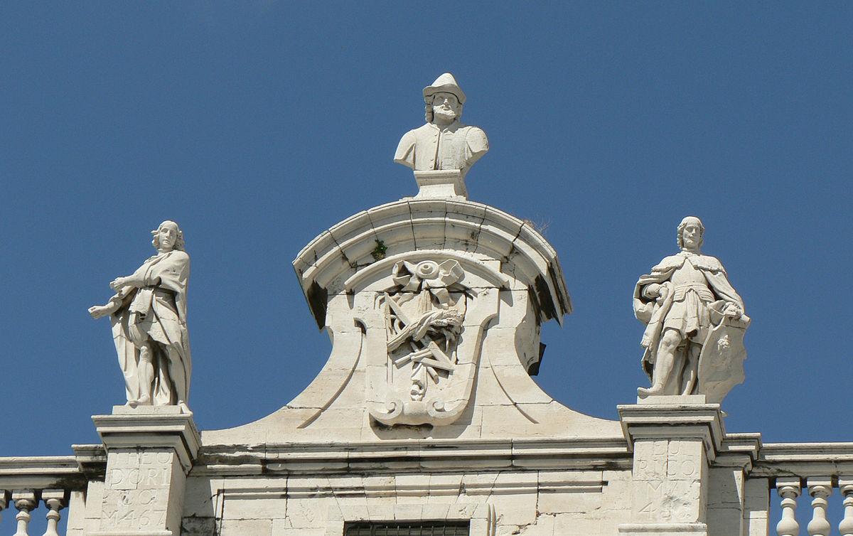 Estatuas Del Palacio Real De Madrid Wikimedia Commons
