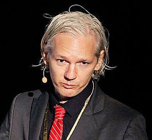 English: Julian Assange at New Media Days 09 i...