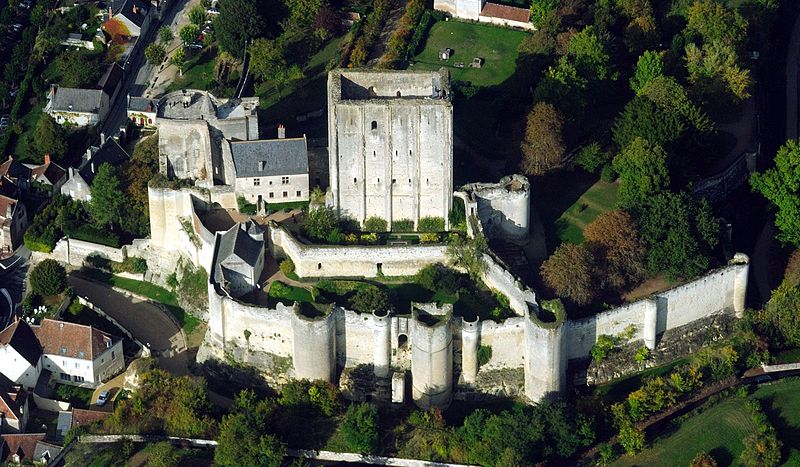 Loches dungeon, aerial view from West
