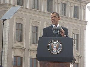 English: Obama Talk Česky: Obama pronáší svůj ...