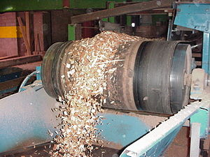 English: of wood chips