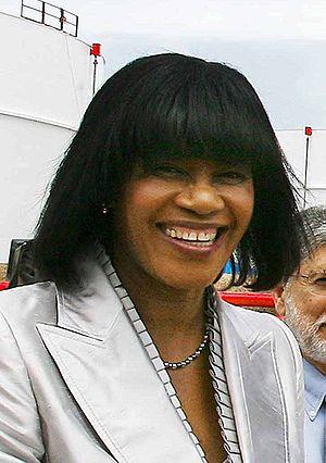 Português: A primeira-ministra da Jamaica Port...