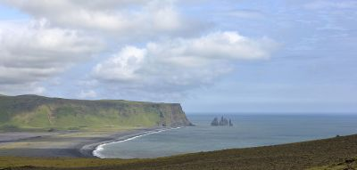 File:Reynisfjara and Reynisdrangar, Iceland.jpg ...