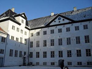 English: Court yard at Dragsholm Castle
