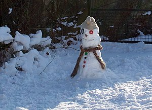 English: Little Malvern snowman Near the begin...