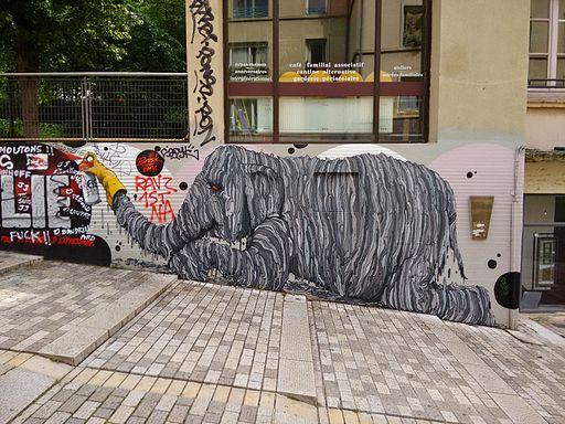 Lyon Elephant Graffiti