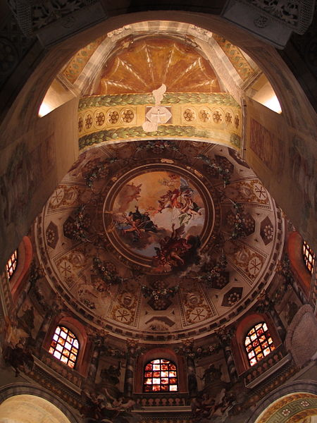 Archivo:San Vitale Ravenna Kuppel.jpg