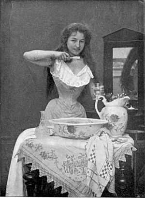 A photo from 1899 showing the use of a toothbrush.