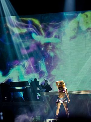 """English: Britney Spears performing """"Woman..."""