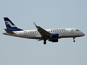 Finnair Embraer 170 landing to Helsinki-Vantaa...