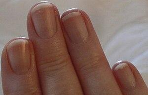 English: Nails.
