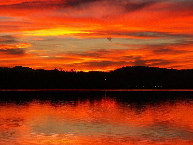 File:Sunset Starnberger See.jpg