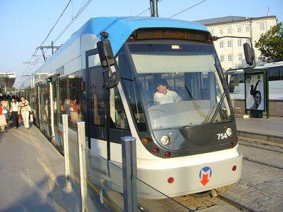 Istanbul modern tram (July 2006)