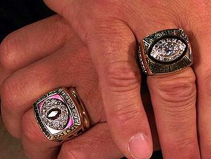Joe Theismann's Superbowl Ring & Conference ring