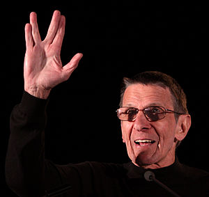 English: Leonard Nimoy at the 2011 Phoenix Com...