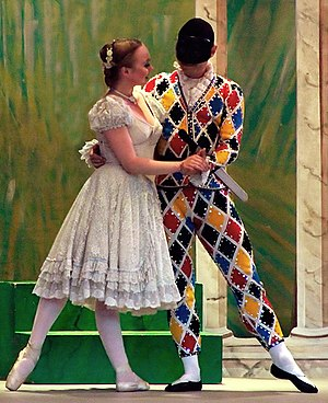 English: Harlequin and Columbine from the mime...