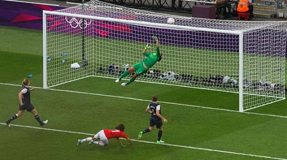 Hope Solo save 3