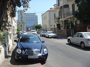 עברית: חנייה בלתי חוקית בתל אביב. English: Ill...