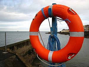 English: Life buoy, Long Hole A life buoy at t...