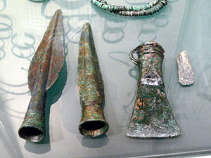 English: Museum Quintana. Bronze age spear hea...