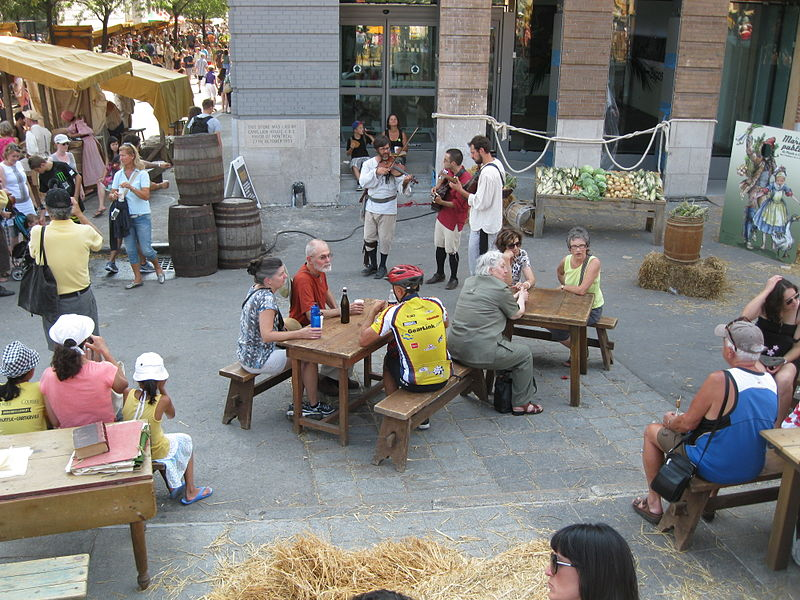 File:Pointe-a-Calliere Public Market 2012 - 44.jpg