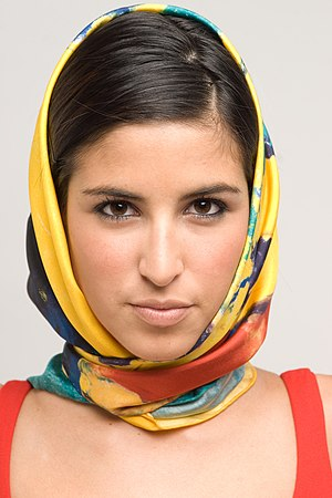 Melodia Gitana - Casol square silk scarf - Twi...