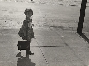 Girl carrying her father's lunch pail, Omaha 1...