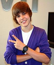 Bieber pada bulan September 2009 di Nintendo World  Store