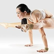 Mr-yoga-firefly-pose-1.jpg