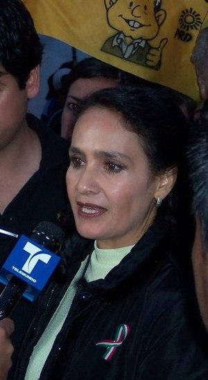 Dolores Padierna siendo entrevistada en el Zóc...