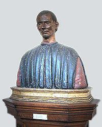 Busto de Maquiavelo.