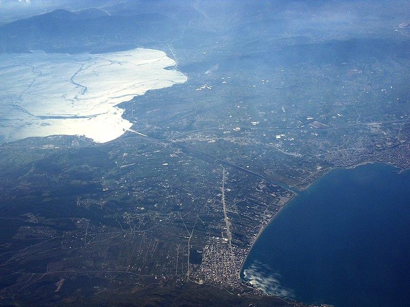 File:Kanal-Korinth-2011.jpg