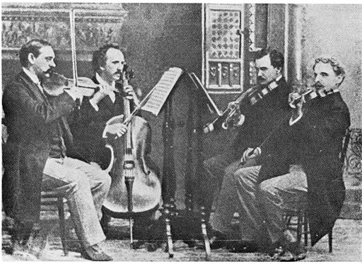 https://i2.wp.com/upload.wikimedia.org/wikipedia/commons/thumb/5/59/KneiselQuartet.jpg/512px-KneiselQuartet.jpg