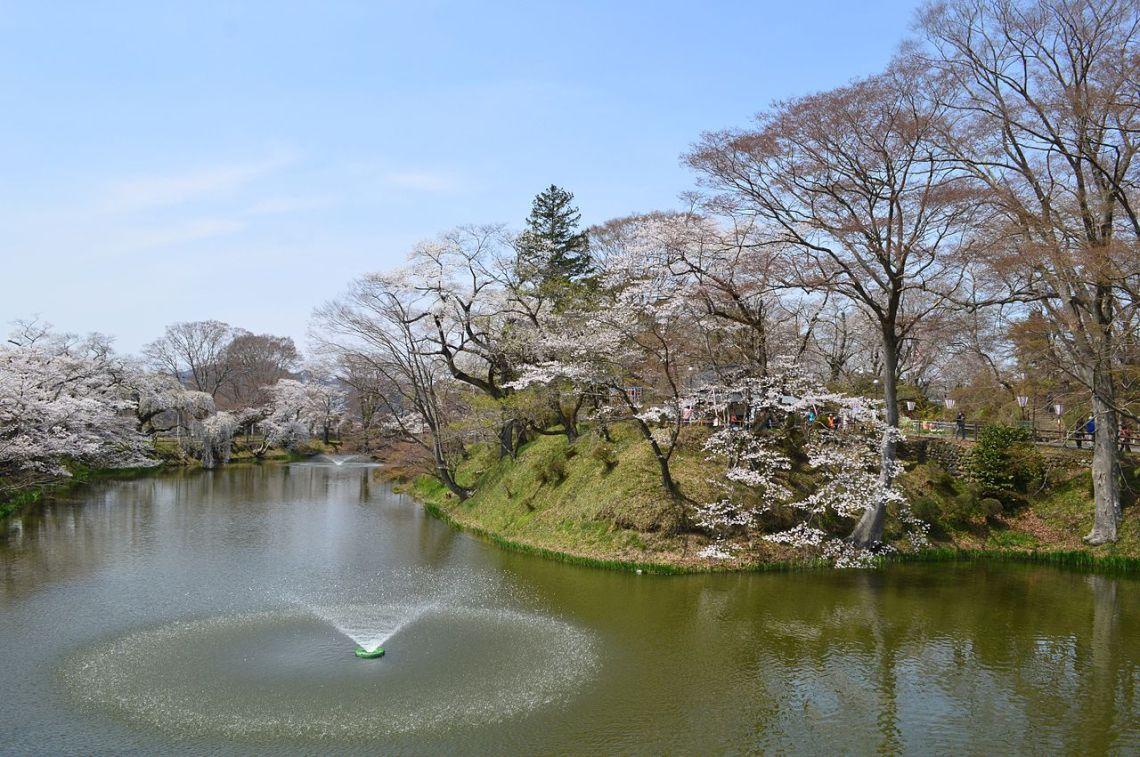 Tanakura Castle hori.JPG